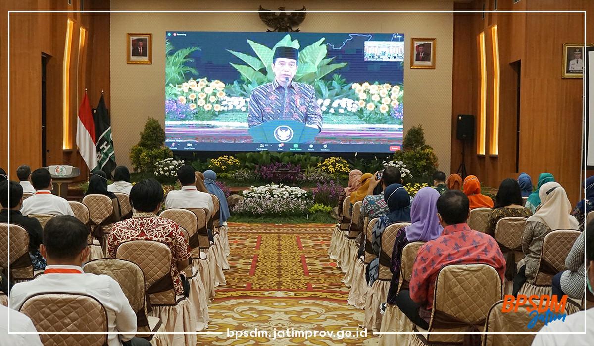 Presiden Joko Widodo membuka Kongres XXXI Himpunan Mahasiswa Islam (HMI)